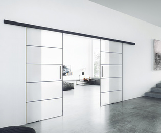 Planeo Loft with 0.8 mm thick aluminum strips on the glass surface.