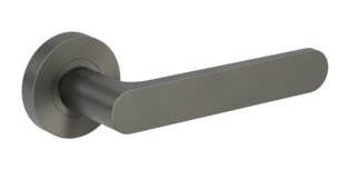 Isolated product image in the right-turned angle shows the GRIFFWERK rose set AVUS in the version mortice lock - cashmere grey - screw on technique