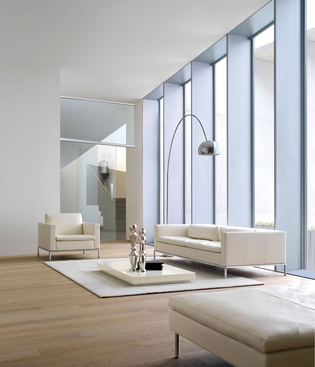 Complete glass doors in complete room height have a sovereign effect.