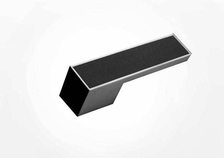 With the puristic door handle FRAME, the door and handle become an aesthetic unit